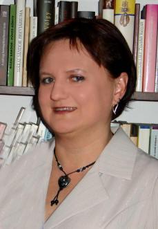 M. Csepécz Szilvia