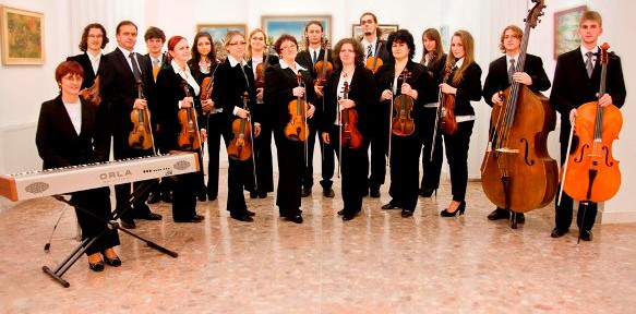 A somorjai Harmonia Classica Kamarazenekar adventi koncertje